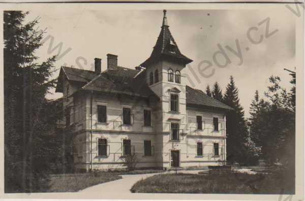 http://www.starepohledy.cz/tmp/books/_copyright_7_305752.jpg